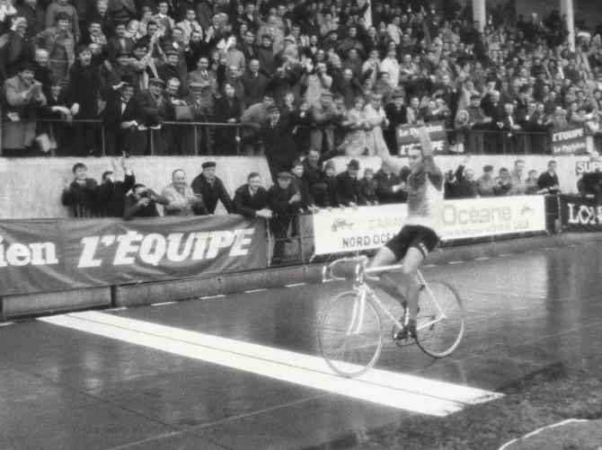 Eddy Merckx, belgický kanibal požíral soupeře všude a Roubaix nebylo vyjímkou