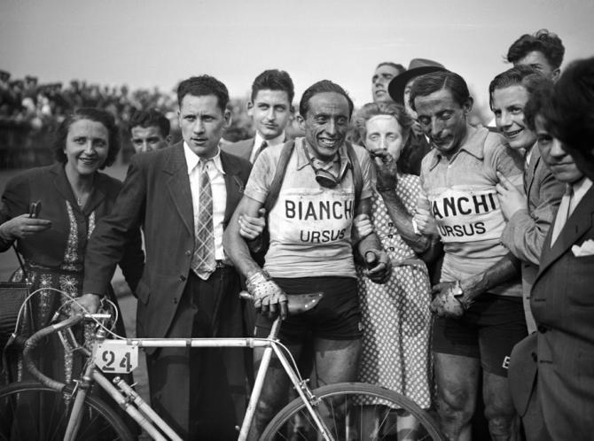 Fausto Coppi (vpravo) a jeho bratr Serse. Oba peklo severu vyhráli