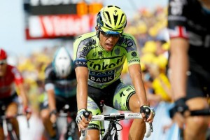 Contador v cíli 2. etapy Tour de France 2015