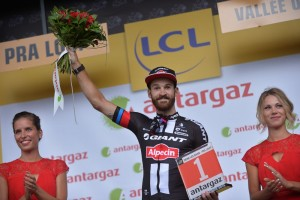 Simon Geschke honorován po etapě