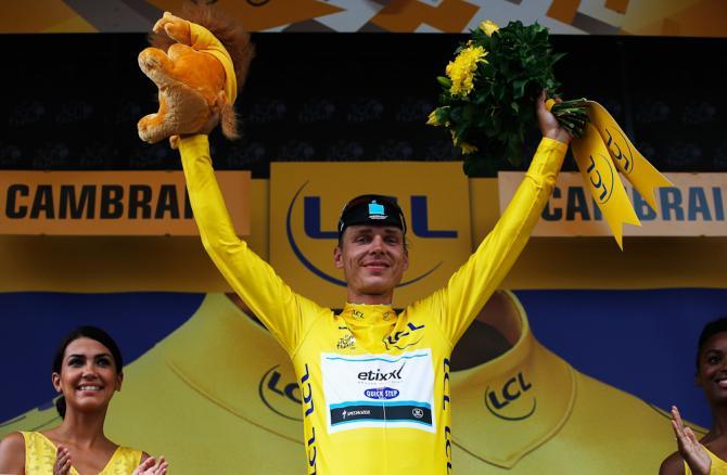 Tony Martin se konečně raduje ze žlutého trikotu