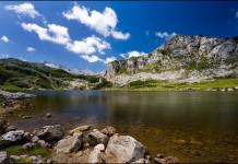 Dojezd 10. etapy Vuelty 2016 - Lagos de Covadonga