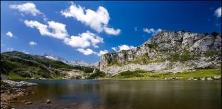 Dojezd 15. etapy Vuelty 2018 a 10. etapy Vuelty 2016 - Lagos de Covadonga