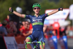 Šestou etapu vyhrál Simon Yates z týmu Orica - BikeExchange