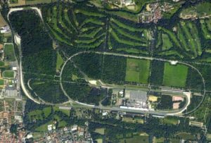 Okruh Monza - start 21. etapy Giro d'Italia 2017