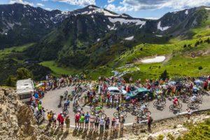 Průjezd přes Pyreneje Tour de France