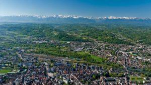 Pau - Pyreneje na dohled - okolí dojezdu 11. etapy Tour de France 2017