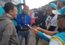Dmitri Sedoun - sportovní ředitel týmu Astana odpovídá na dotazy novinářů po mizerné 20. etapě Vuelty 2017