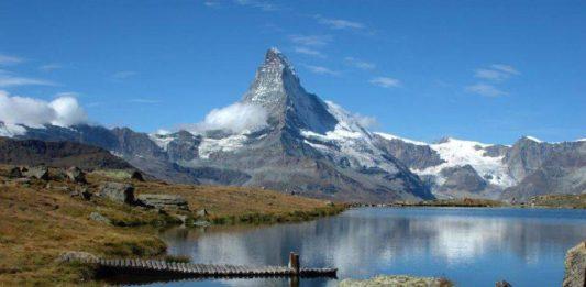 Matterhorn - okolí dojezdu 20. etapy Giro d'Italia 2018
