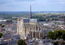 Amiens - dojezd 8. etapy Tour de France 2018