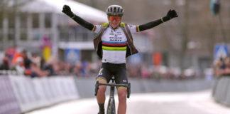 Annemie van Vleuten - vítězka Omloop Het Nieuwslablad 2020