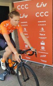 Evy Kupijers - příprava na 4. etapu Zwift Tour for All