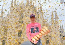 Tao Geoghegan Hart trofej