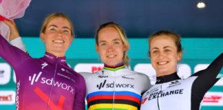 Anna van der Breggen, Demi Vollering a Grace Brown po časovkářské 3. etapě Giro Rosa 2021