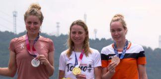 Marlen Reusser, Annemiek van Vleuten, Anna van der Breggen – medailistky olympijské časovky v Tokiu 2020