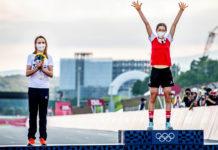 Stříbrná Annemiek van Vleuten, zlatá Anna Kiesenhofer (olympijský silniční závod, Tokio)