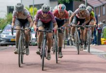 Chantal Blaak trhá skupinu favoritek v předposlední etapě Simac Ladies Tour 2021