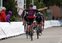 Lonneke Uneken vítězí ve 3. etapě Simac Ladies Tour 2021